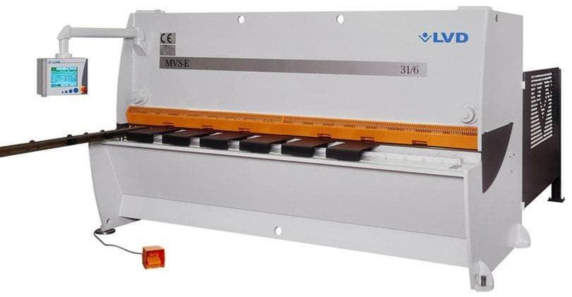 Hydraulic shear / for metal sheets / guillotine / CNC